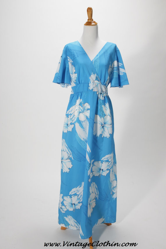 1970s Island Fashions Hawaiian Maxi Dress