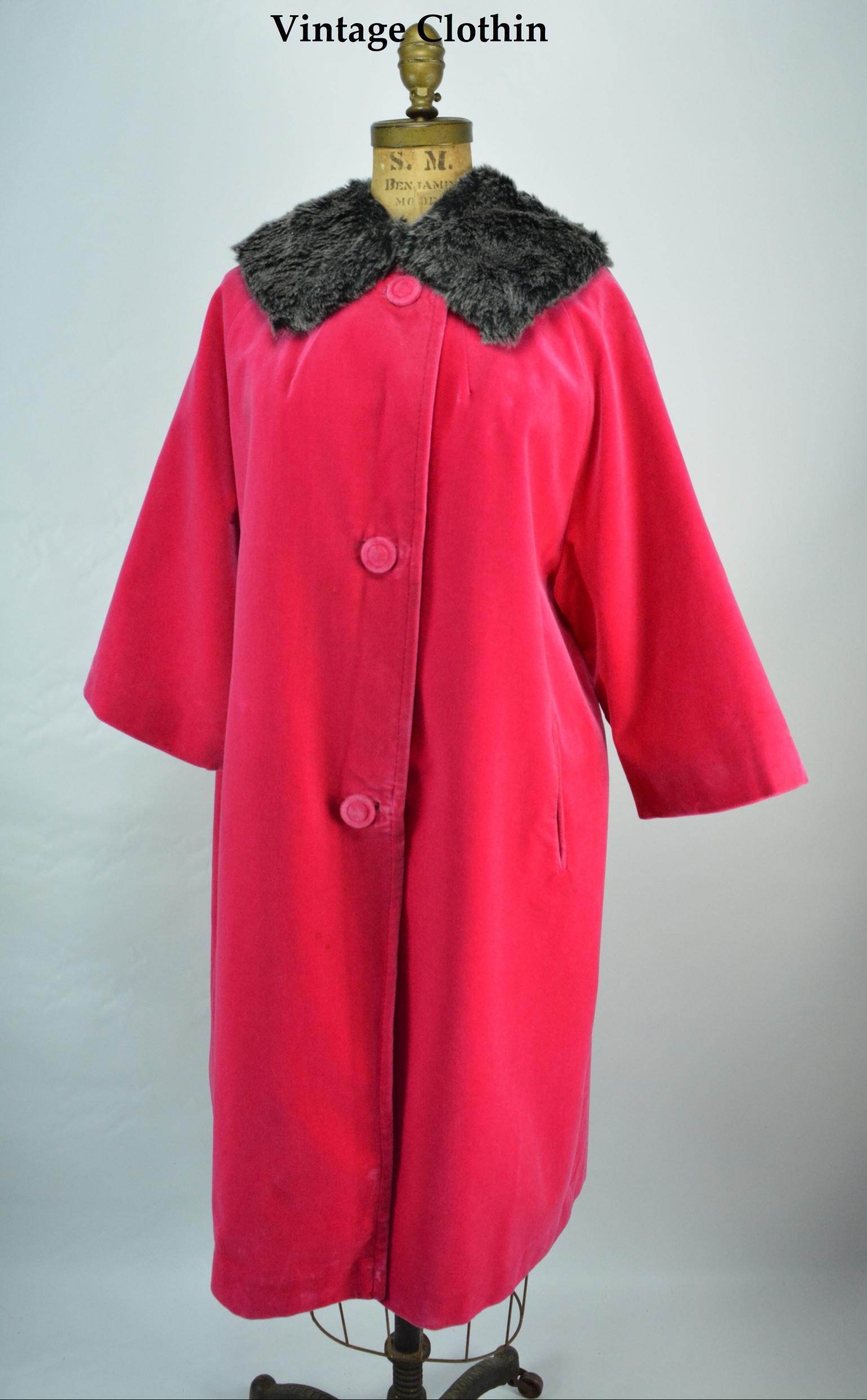1960s Spoet Ease Fashions Velvet Coat
