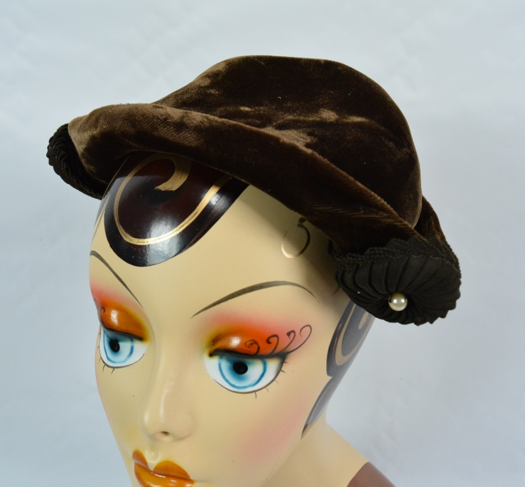 1940s Brown Velvet Fascinator Hat