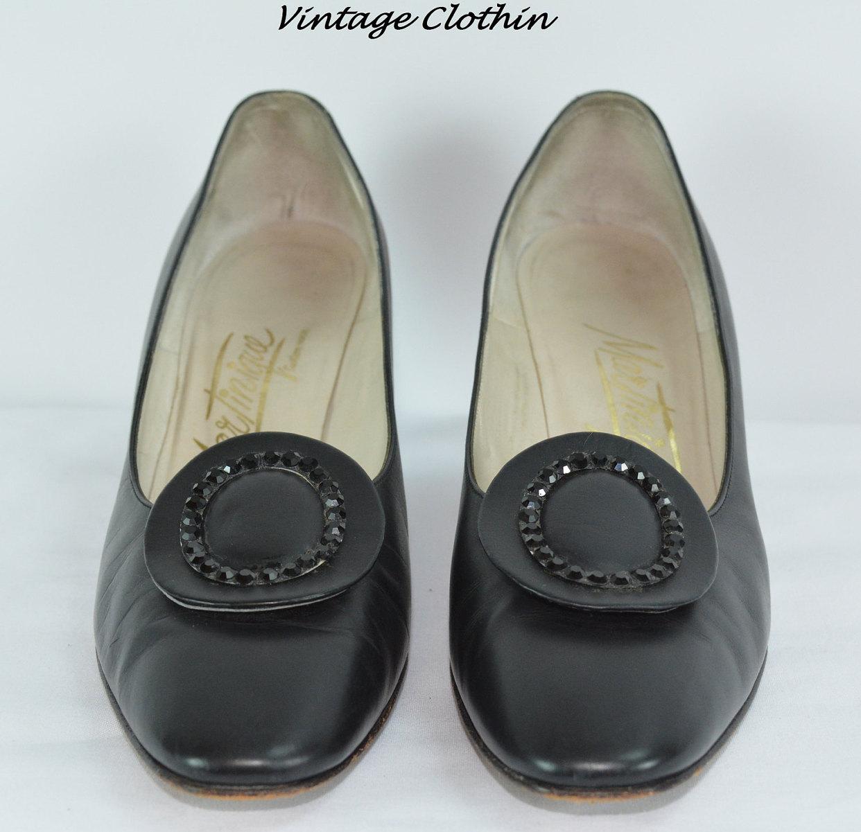 c1950s Martinique Black Leather Kitten Heel Pumps