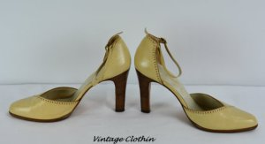 1970s Jarolini Leather Pumps, Shoes