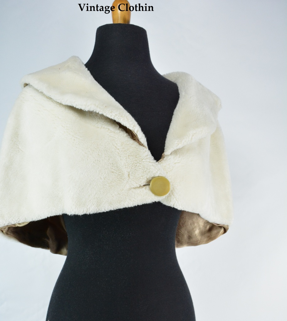 c1960s White Faux Fur Stole/Cape