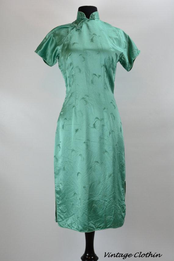 1950s Green Leaf Print Cheongsam Wiggle Dress