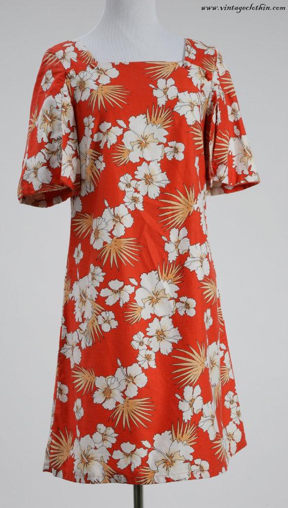 1970s Royal Palm Hawaii Floral Dress