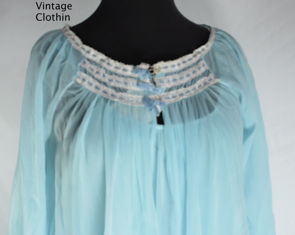 1960s Blue Peignoir