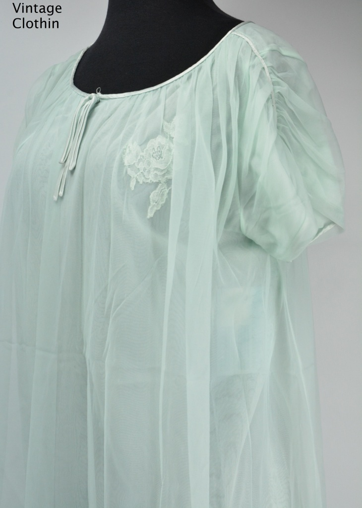 1960s Blue Baby Doll Nightgown