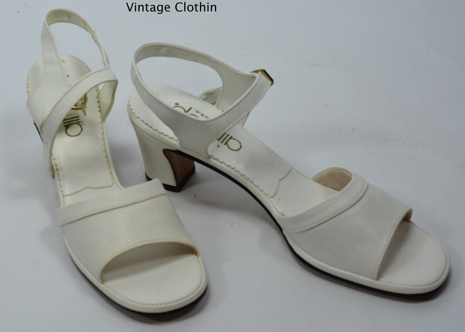 1981 Air Step White Sandals New Old Stock