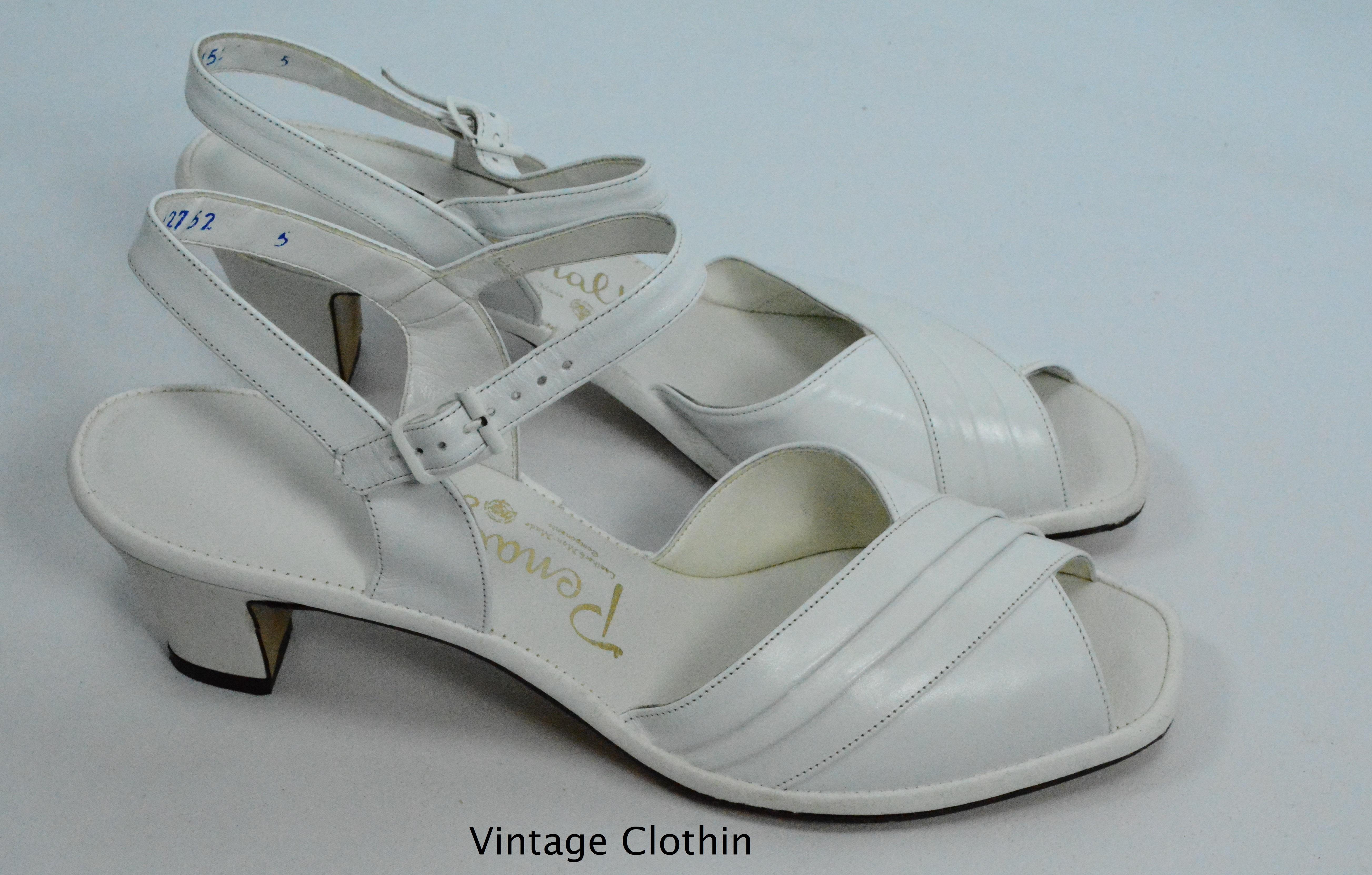 bac0857d264f6 1982 Penaljo White Pleated Vamp Peep Toe Sandals For Sale – Women's ...