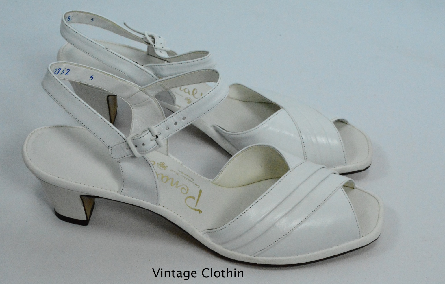 1982 Penaljo White Pleated Sandals