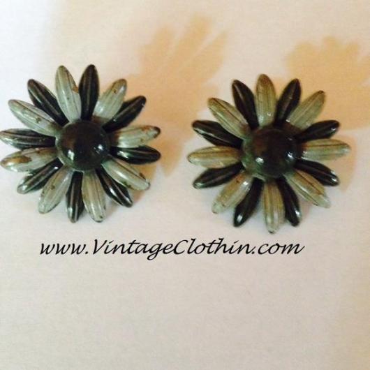 Vintage Grey Enamel Flower Earrings