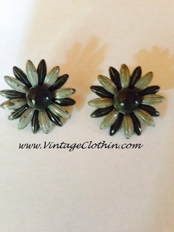 Vintage Grey Enamel Flower Earrings